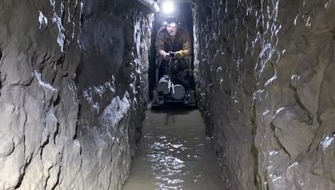 Cận cảnh đường hầm vận chuyển ma túy dài nhất ở biên giới Mỹ- Mexico mới được phát hiện - Ảnh 1