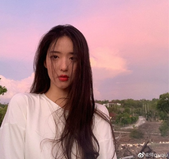"""""""Nữ thần bóng rổ"""" Trung Quốc gây sốt mạng xã hội: Mặt đã xinh, chơi bóng còn cực đỉnh - Ảnh 4"""