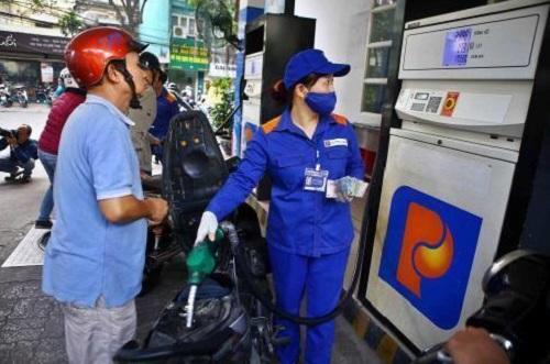 Giá xăng tăng nhẹ, vượt mức 15.000 đồng/lít - Ảnh 1