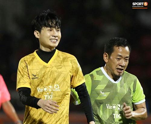 """Quang Hải - Văn Hậu được săn đón trong trận bóng """"toàn sao"""" do Jack tổ chức - Ảnh 5"""
