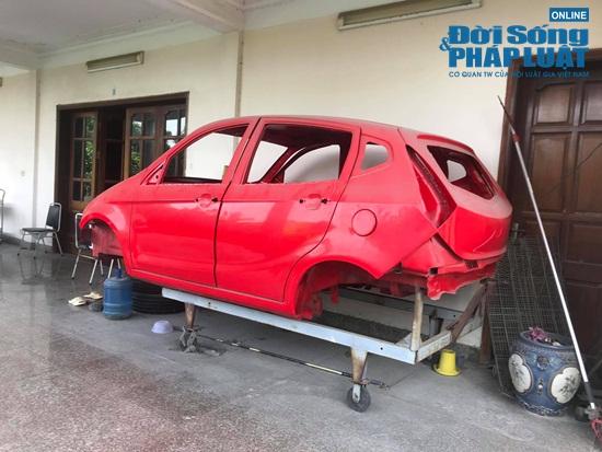 Cảnh hoang tàn tại nhà máy sản xuất ô tô đầu tiên ở Việt Nam - Ảnh 11