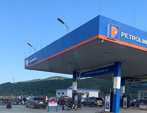Nghệ An: Nữ kế toán cửa hàng xăng dầu tử vong trong giờ nghỉ trưa - Ảnh 1
