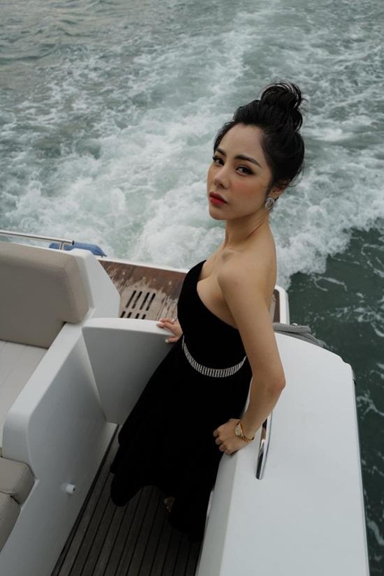 Vóc dáng nóng bỏng của nữ MC VTV vừa công khai hẹn hò Huỳnh Anh - Ảnh 2