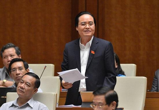 Bộ trưởng Phùng Xuân Nhạ giải thích lý do sách giáo khoa lớp 1 có giá cao - Ảnh 1