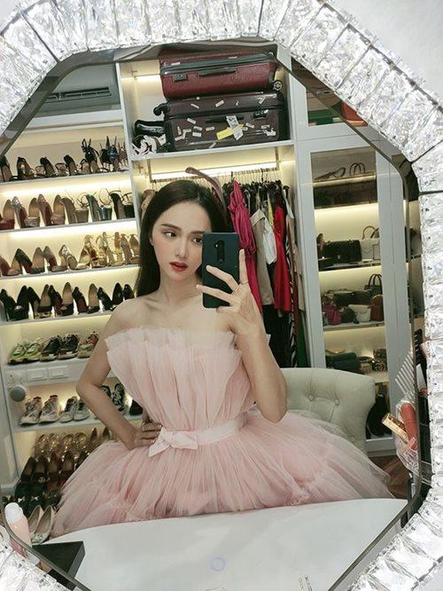"""""""Soi"""" khối tài sản đáng ngưỡng mộ của Hoa hậu Hương Giang ở tuổi 29 - Ảnh 7"""