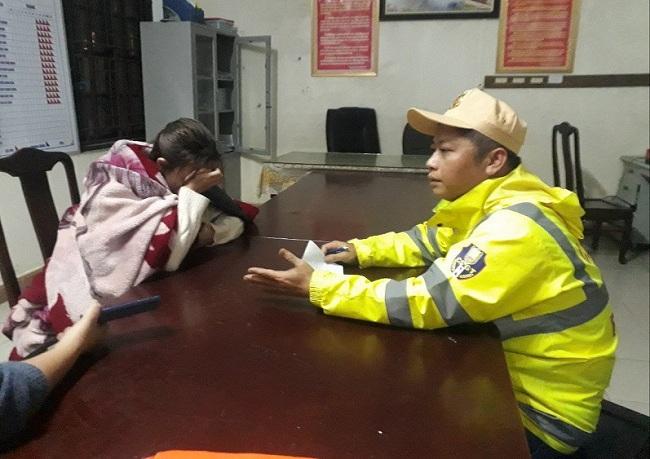 Thừa Thiên - Huế: Kịp thời ứng cứu thiếu nữ 19 tuổi đang chìm dần trên sông Hương - Ảnh 1