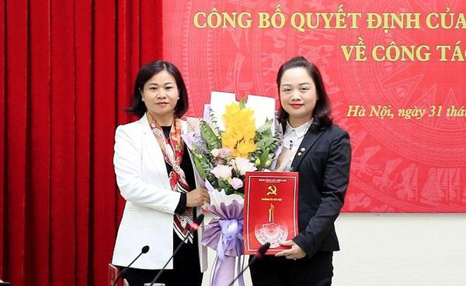 Tin tức thời sự mới nóng nhất hôm nay 1/1: Huyện ủy Ứng Hòa có tân nữ Bí thư 43 tuổi - Ảnh 1