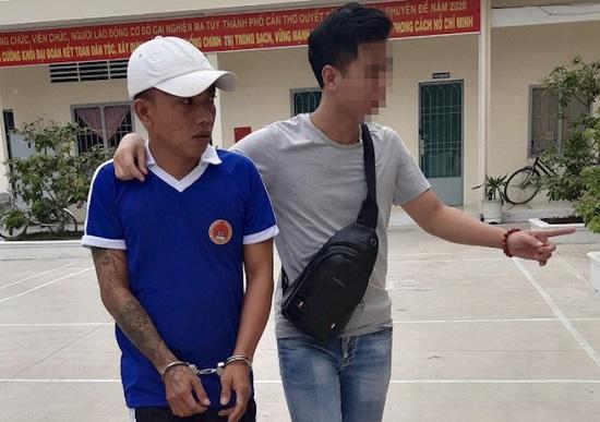 Bắt giữ đối tượng tự nguyện xin vào trại cai nghiện để trốn lệnh truy nã  - Ảnh 1