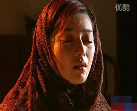 1001 kiểu hủy dung trong phim Hoa ngữ: Người đau đớn đáng thương, kẻ hài hước, gây cười - Ảnh 2