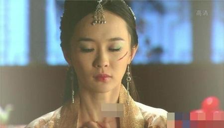 1001 kiểu hủy dung trong phim Hoa ngữ: Người đau đớn đáng thương, kẻ hài hước, gây cười - Ảnh 9