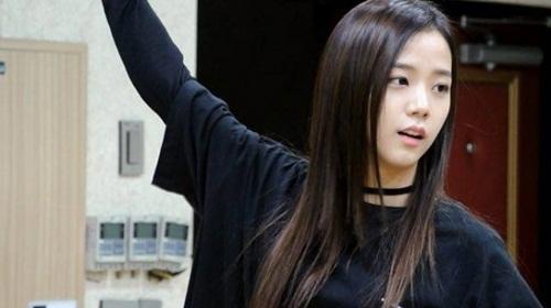 So kè mặt mộc của top visual idol Kpop gen 3: Người xinh ngút ngàn, kẻ khiến fan vỡ mộng vì quá khác lạ - Ảnh 10