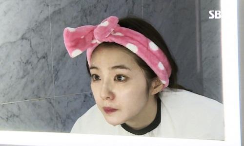 So kè mặt mộc của top visual idol Kpop gen 3: Người xinh ngút ngàn, kẻ khiến fan vỡ mộng vì quá khác lạ - Ảnh 2