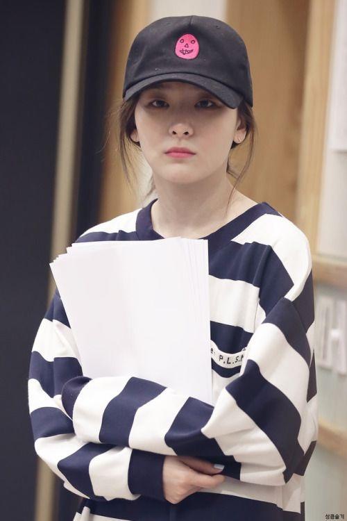 So kè mặt mộc của top visual idol Kpop gen 3: Người xinh ngút ngàn, kẻ khiến fan vỡ mộng vì quá khác lạ - Ảnh 4