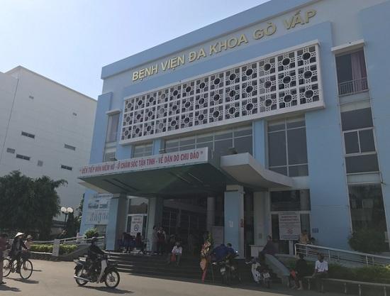Thanh tra xác minh nghi vấn giám đốc bệnh viện Gò Vấp gom khẩu trang để bán với giá cao - Ảnh 1