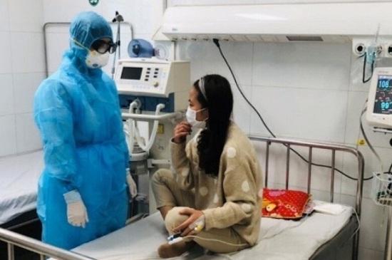 Nữ bệnh nhân ở Thanh Hóa nhiễm virus corona đã được chữa khỏi - Ảnh 1