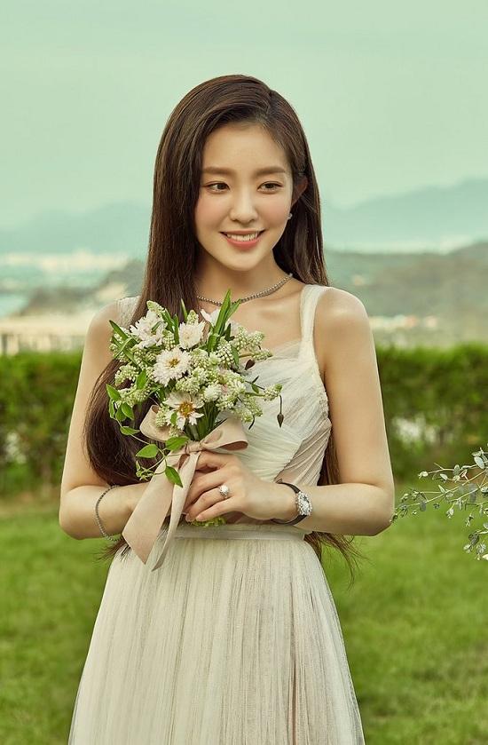 """Nhan sắc hàng đầu Kpop nhưng """"nữ thần"""" Irene chưa đẹp hoàn hảo vì nhược điểm này - Ảnh 6"""