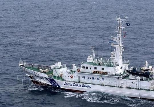 Nhật Bản: 13 thủy thủ mất tích sau vụ va chạm trên biển - Ảnh 1