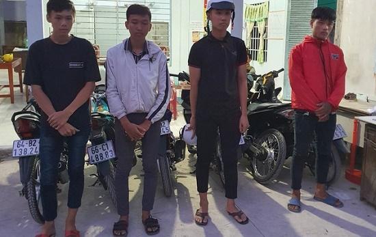"""Tiền Giang: Phục kích bắt 16 """"quái xế"""" chuẩn bị đua xe gần cầu Mỹ Thuận - Ảnh 1"""