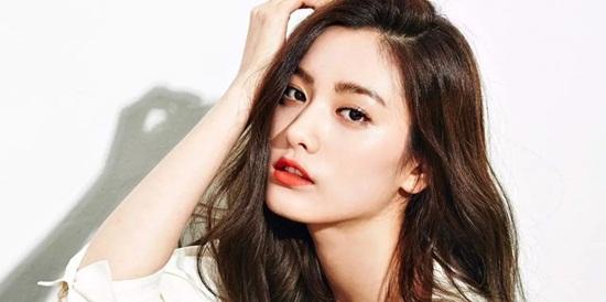 Đọ mặt mộc của những idol Kpop trong show thực tế: Người chuẩn nữ thần, người khác lạ khó nhận ra - Ảnh 9