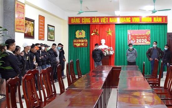 """Lâm Đồng: Bắt giữ 30 """"dân chơi"""" sử dụng ma túy trong quán karaoke - Ảnh 1"""