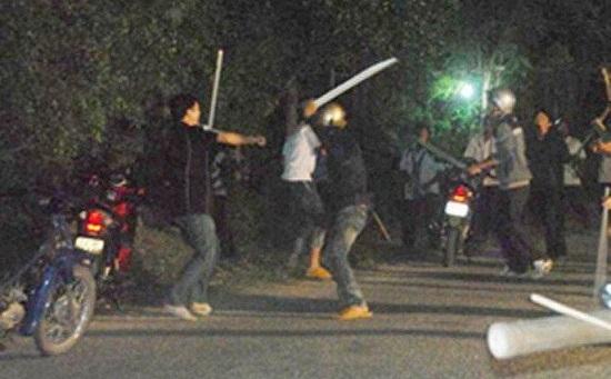 Mâu thuẫn sau chầu nhậu, hai nhóm thanh niên lao vào hỗn chiến - Ảnh 1