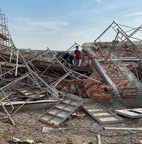 Đồng Nai: Sập tường đang thi công, ít nhất 10 công nhân tử vong - Ảnh 1