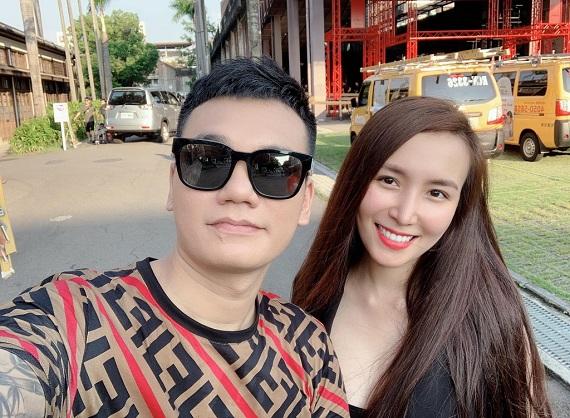 Bà xã DJ mang song thai, ca sĩ Khắc Việt mua liền 2 căn nhà ở Hà Nội, TP.HCM - Ảnh 1
