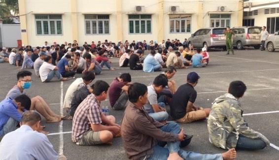Vụ bắt 131 người tại sới bạc khủng ở Đồng Nai: Xác định được đối tượng cầm đầu - Ảnh 1