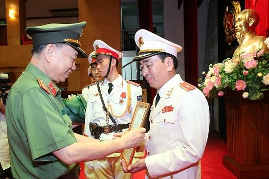 Trung tướng Lương Tam Quang làm Thủ trưởng Cơ quan An ninh điều tra - Ảnh 1