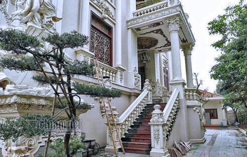 """Choáng ngợp với độ xa hoa tại lâu đài """"Lan Khoa Khuê"""" mang phong cách Hy Lạp của đại gia Nam Định - Ảnh 3"""