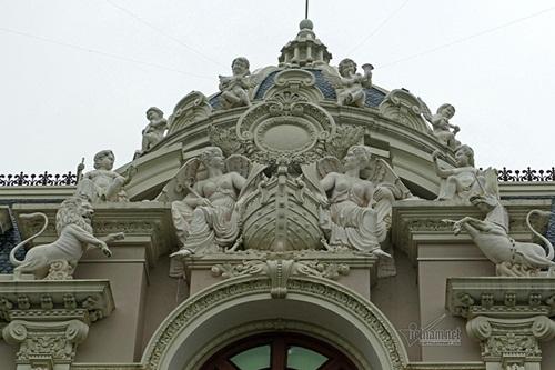 """Choáng ngợp với độ xa hoa tại lâu đài """"Lan Khoa Khuê"""" mang phong cách Hy Lạp của đại gia Nam Định - Ảnh 5"""