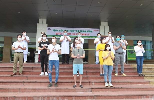 Thêm 11 ca mắc COVID-19 ở Việt Nam được công bố khỏi bệnh - Ảnh 1