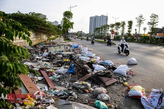 Hà Nội: Rác thải bủa vây con đường nghìn tỷ - Ảnh 10