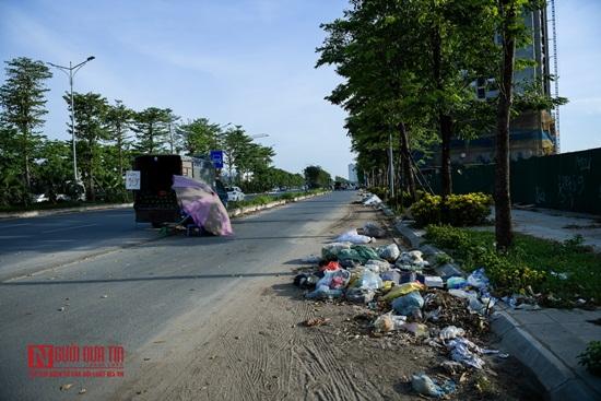 Hà Nội: Rác thải bủa vây con đường nghìn tỷ - Ảnh 3