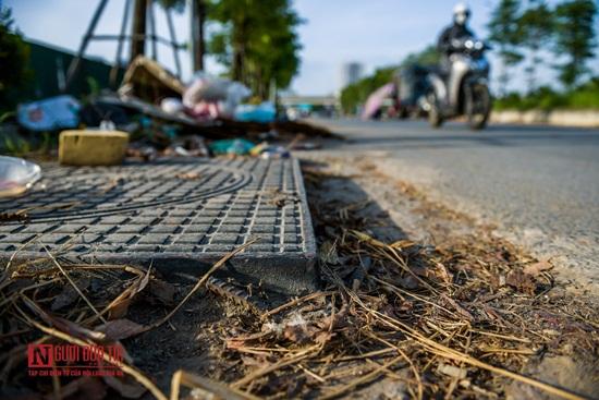 Hà Nội: Rác thải bủa vây con đường nghìn tỷ - Ảnh 6
