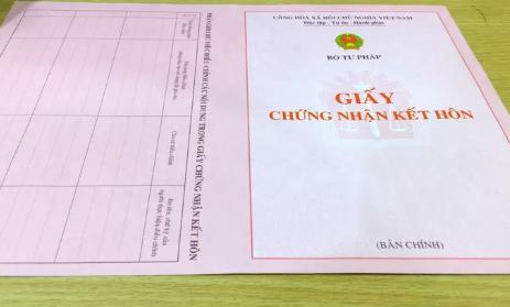 Thực hư thông tin giấy xác nhận độc thân phải ghi tên người dự định kết hôn - Ảnh 1