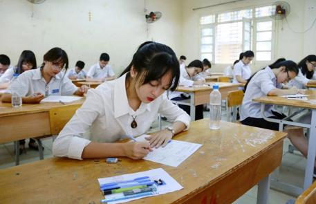 Tuyển sinh lớp 10 Hà Nội: 90.000 học sinh cần lưu ý điều này - Ảnh 1
