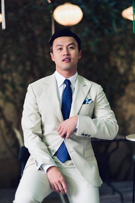 """Chân dung thiếu gia Việt sở hữu 5 công ty, quan hệ """"đặc biệt"""" với người nổi tiếng những vẫn """"lẻ bóng"""" ở tuổi 37 - Ảnh 1"""