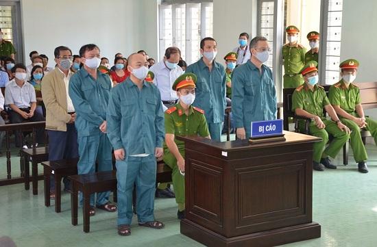 Vì sao cựu Chủ tịch UBND TP.Phan Thiết lĩnh án 24 tháng tù treo - Ảnh 1