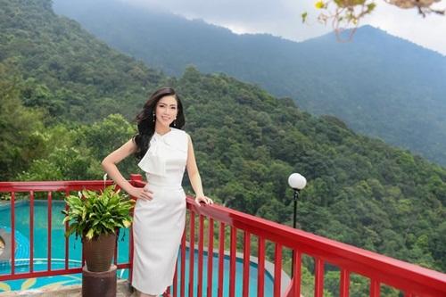 """Nữ sinh Học viện Tài chính thi Hoa hậu Việt Nam 2020: Sắc vóc nóng bỏng, thần thái """"chị đại"""" không phải dạng vừa đâu - Ảnh 3"""