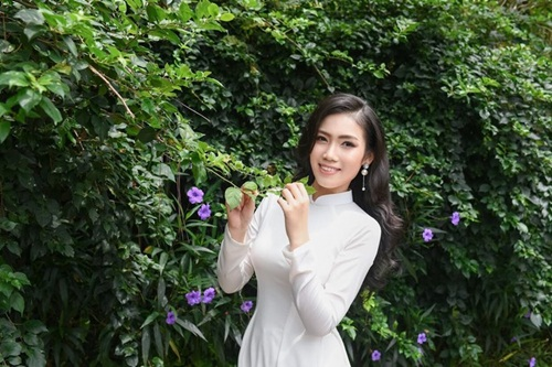"""Nữ sinh Học viện Tài chính thi Hoa hậu Việt Nam 2020: Sắc vóc nóng bỏng, thần thái """"chị đại"""" không phải dạng vừa đâu - Ảnh 7"""