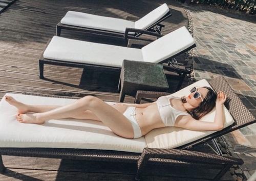 """Nữ sinh Học viện Tài chính thi Hoa hậu Việt Nam 2020: Sắc vóc nóng bỏng, thần thái """"chị đại"""" không phải dạng vừa đâu - Ảnh 8"""