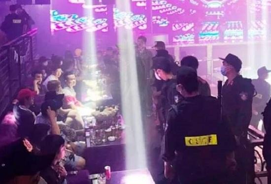 """Tiền Giang: Phát hiện hơn 100 """"nam thanh nữ tú"""" mở tiệc ma túy mừng sinh nhật trong quán bar New Club - Ảnh 1"""