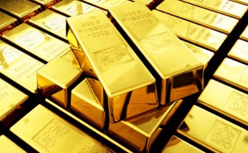 """Thị trường vàng lao dốc """"hoảng loạn"""", giới đầu tư bán tháo để """"vớt vát"""" - Ảnh 1"""