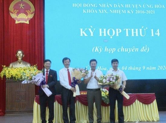 Ông Phạm Anh Tuấn được bầu làm Chủ tịch UBND huyện Ứng Hòa - Ảnh 1