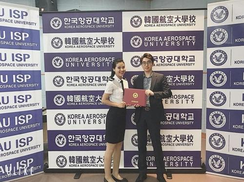 """Nữ sinh Học viện Hàng không với nụ cười """"tỏa nắng"""": Giỏi 2 ngoại ngữ, nhận nhiều học bổng, được kỳ vọng """"làm nên chuyện"""" ở Hoa hậu Việt Nam 2020 - Ảnh 3"""