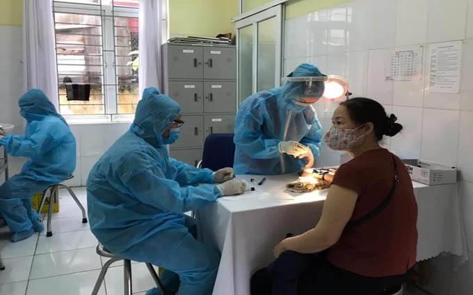 Ghi nhận thêm 53 ca nhiễm COVID-19, Chính phủ tiếp tục họp khẩn - Ảnh 1
