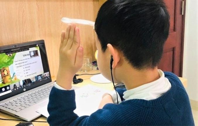"""Hải Phòng dừng dạy trực tuyến lớp 1, 2 vì """"nhiều bất cập"""": Bộ GD&ĐT nói gì? - Ảnh 1"""