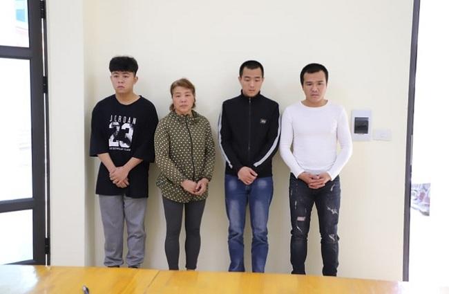Cả nhà 4 người bị khởi tố vì đánh công an còn livestream vu khống - Ảnh 1