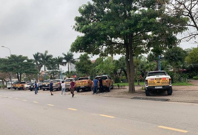 Hà Nội: Chủ xe Ford diễu hành đòi quyền lợi - Ảnh 1